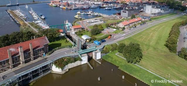Groot onderhoud bruggen en sluizen